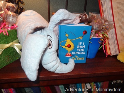 Dr Seuss birthday party favors