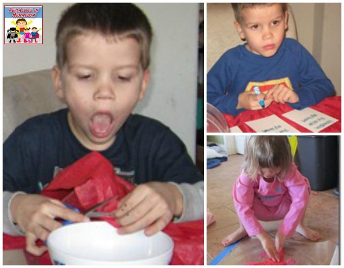 Valentine's Day necklace craft little kiddos