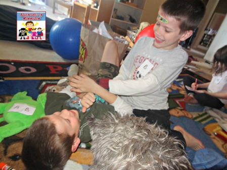 first aid for kids tickle patient