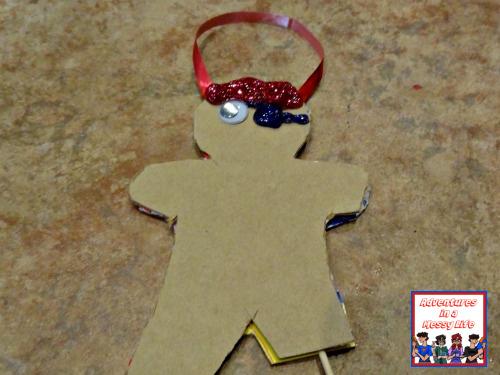 gingerbread pirates ornament step 4