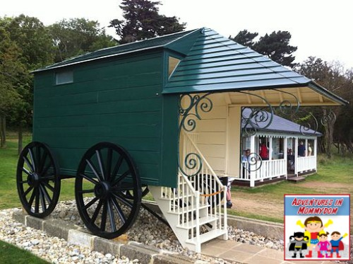 the real Queen Victoria's bathing machine